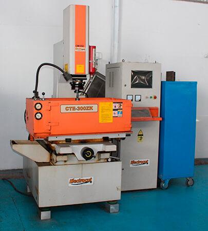 Imagem de Máquina na cor laranja